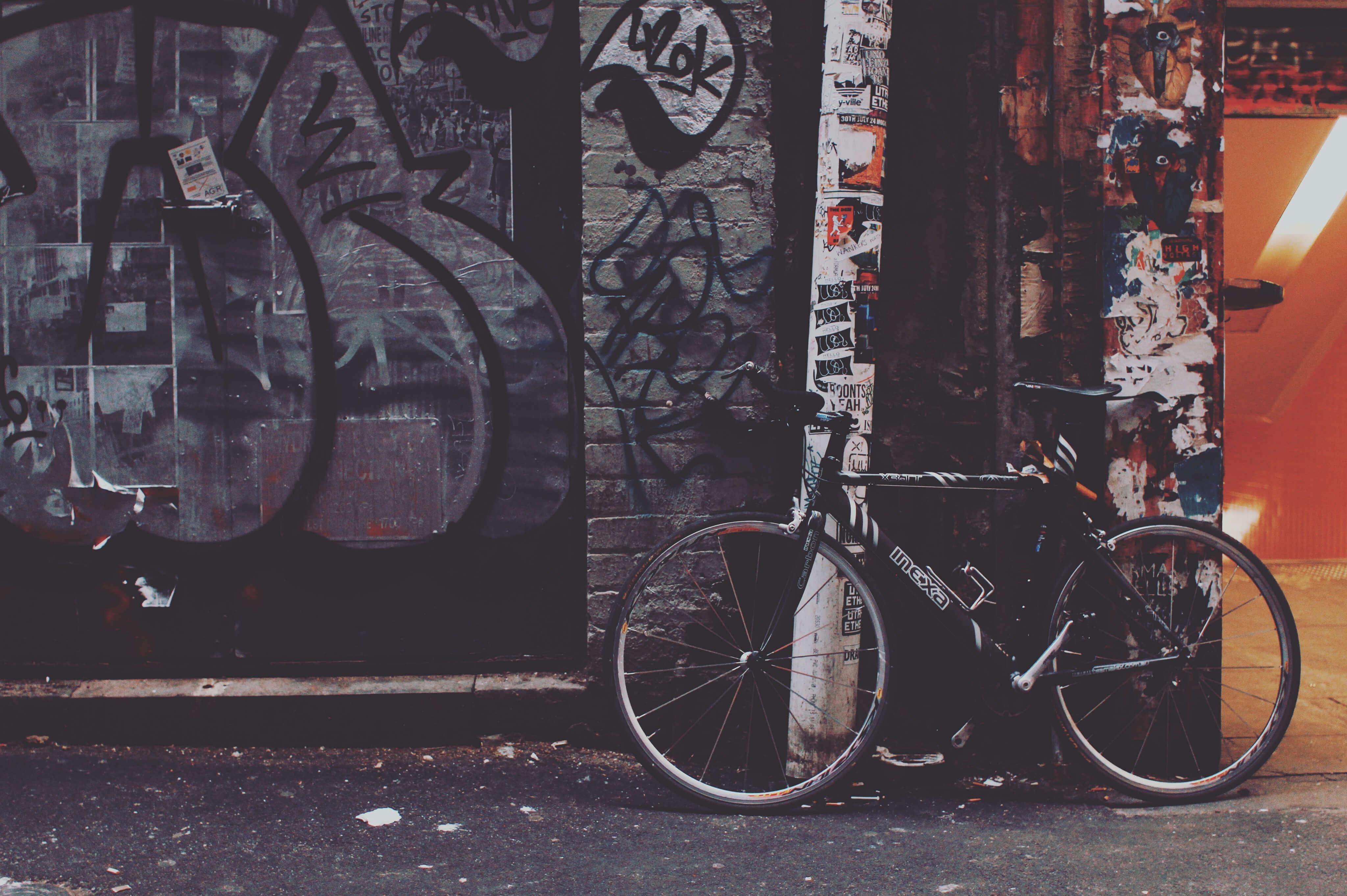 bike graffiti wall